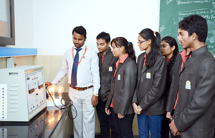 Electrical engineering degree, India